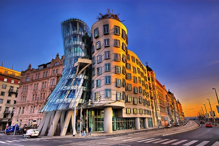 dancing-house-in-prague